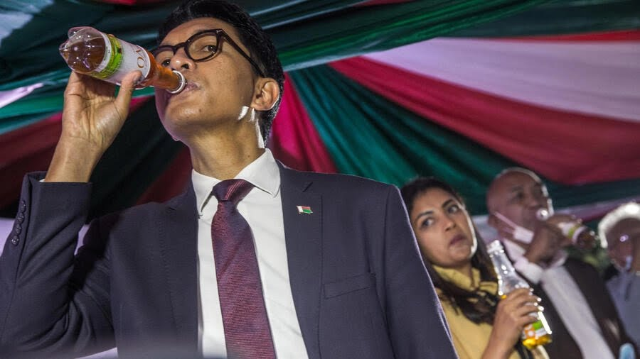 Madagascan President Andry Rajoelina gave the official launch to a herbal tea claimed to prevent and cure coronavirus